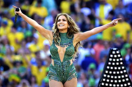 Jennifer Lopez trong khai mạc World Cup 2014. Ảnh: AP.
