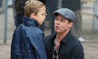 Brad Pitt đón Ngày của cha ở London cùng các con