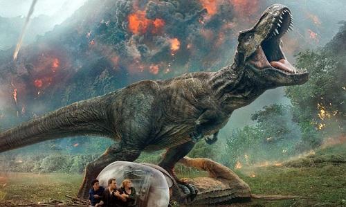 Để tránh World Cup, Jurassic World: Fallen Kingdom ra mắt ở nhiều quốc giatrước Mỹ.