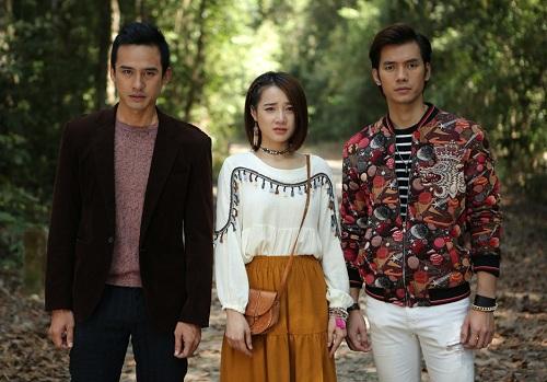 Mối tình tay ba giữa Nam, Hạ và Tùng (theo thứ tự từ trái sang) đang là tâm điểm của phim.