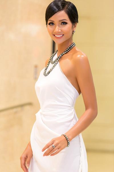 Hoa hậu HHen Niê cho rằng cô không phải là mẫu người của đại gia.
