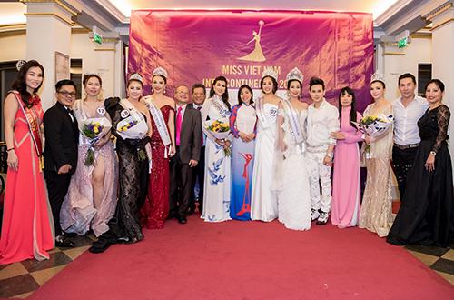 Hoa hậu người Việt Liên lục địa 2018 là sân chơitôn vinh nhan sắc, tài năng của những người phụ nữ Việt sinh sống tại Pháp.