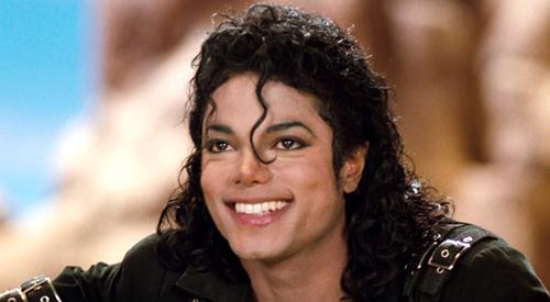 Michael Jackson qua đời ở tuổi 50.