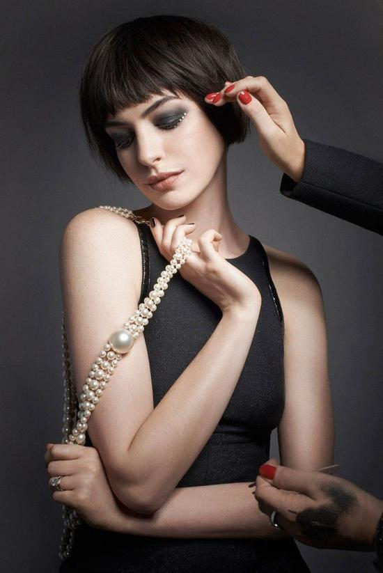 Anne Hathaway - mỹ nhân có ánh mắt, nét cười ngây thơ