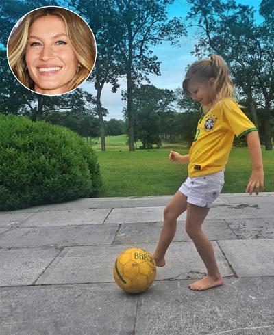 Siêu mẫu Gisele Bundchen chia sẻ ảnh con gái 5 tuổi chơi bóng trong sân nhà, mặc trang phục đội Brazil: Cầu thủ thứ 12 đã sẵn sàng. Brazil cố lên, cô viết.