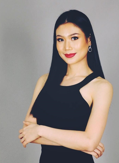 Hiện Sophida Kanchanarin làm quản lý tại một ngân hàng ngành quân đội của Thái Lan.