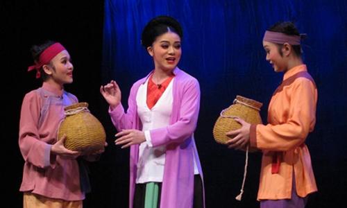 Nghệ sĩ Thùy Dung gây ấn tượng trong vai góa phụ Trinh Nguyên.