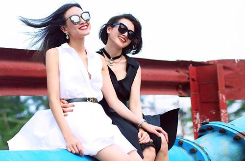 Mẹ con Anh Thư được người đẹp Dương Mỹ Linh (trái) đón tiếp và hướng dẫn tham quan các địa điểm tại Mỹ.