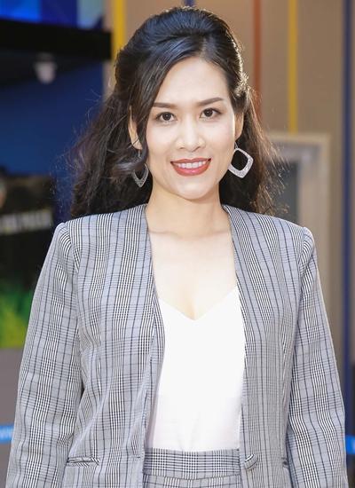 Hà Hương trở lại phim ảnh ở tuổi 36 sau nhiều năm vắng bóng.\