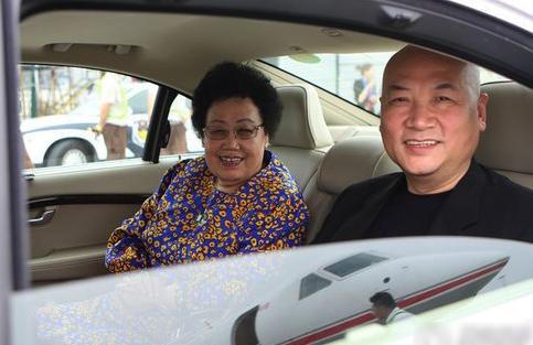 Vợ chồng Trần Lệ Hoa - Trì Trọng Thụy.