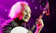 Nhạc sư 101 tuổi rời Sài Gòn về Đồng Tháp sống đời thanh nhàn