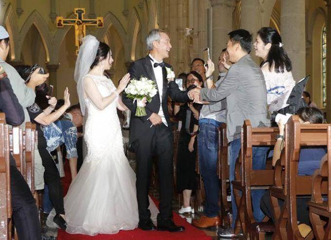 Cô dâu khóc khi thề nguyện cùng tài tử 'Thiên Long Bát Bộ'