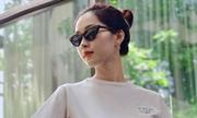 Hoa hậu Thu Thảo giữ dáng, mặc sành điệu sau khi sinh con