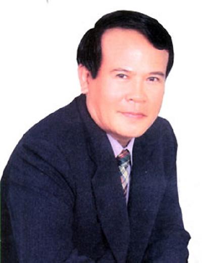 Nghệ sĩ Ưu tú Giang Châu.