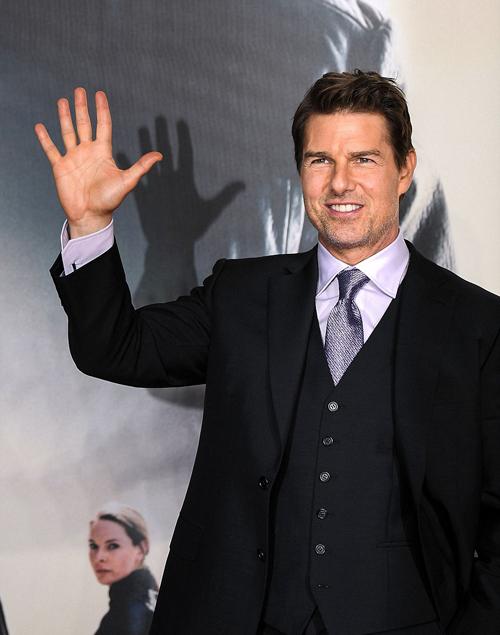 Tom Cruise lịch lãm trên thảm đỏ 'Mission: Impossible 6'