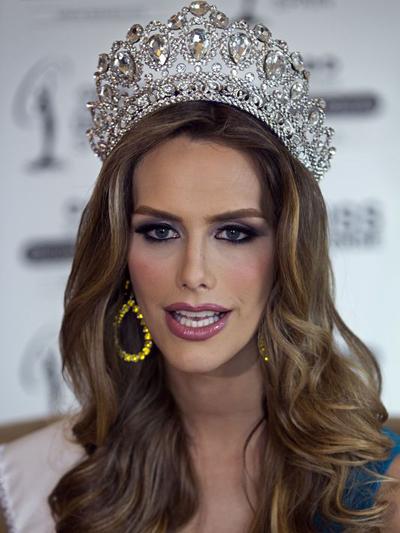 Angela Ponce sẽ dự thi Hoa hậu Hoàn vũ vào cuối năm nay.