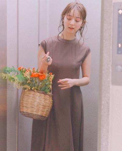Trang phục giấu bụng bầu của Mỹ nhân đẹp nhất Nhật Bản - 1