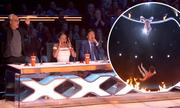 Thí sinh trượt tay ngã trên sân khấu America's Got Talent