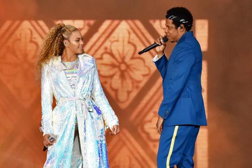 Vợ chồng Beyonce và Jay-Z khi biểu diễn cùng nhau.