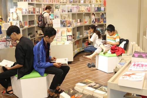 Không gian đọc sách của trẻ em tại Book city