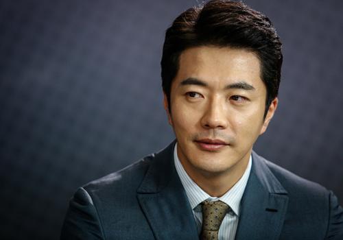 Kwon Sang Woo cho biết mong muốn đóng bộ phim có nhiều cảnh quay tại Việt Nam.