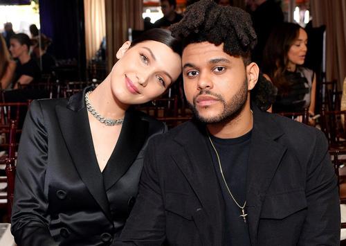 Bella và The Weeknd không lên tiếng về chuyện tái hợp nhưng thường xuyên đăng hình ảnh của nhau lên trang cá nhân.