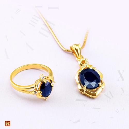 Kim cương là loại đá quý đắt tiền không phải ai cũng có thể sở hữu. Để trang sức kim cương không còn là ước mơ xa vời với các chị em, Bảo Tín Minh Châu đã nghiên cứu và cho ra mắt nhiều sản phẩm trang sức nạm kim cương có giá thành phù hợp, mẫu mã đa dạng.