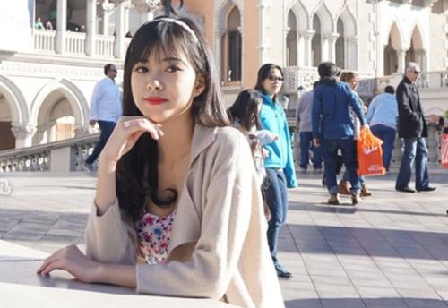Những tháng ngày đi làm tại Mỹ giúp cô rèn luyện kỹ năng giao tiếp và vốn tiếng Anh. Sau khi về Việt Nam, cô trở thành nhân viên của một trung tâm Anh ngữ nổi tiếng.