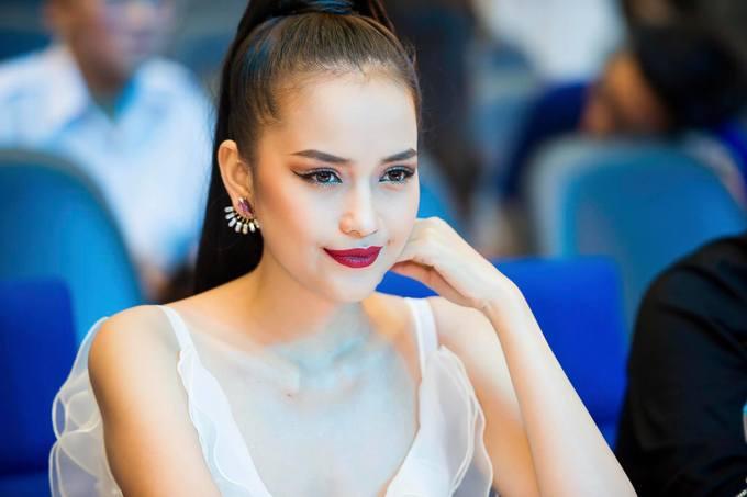 Nhiều người mẫu sáng giá dự thi Miss Supranational Vietnam 2018