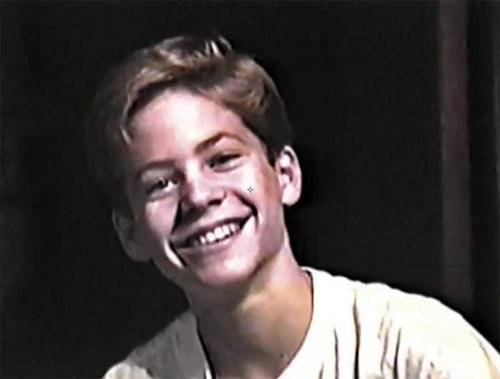 Hình ảnh lúc nhỏ của Paul Walker trong phim.