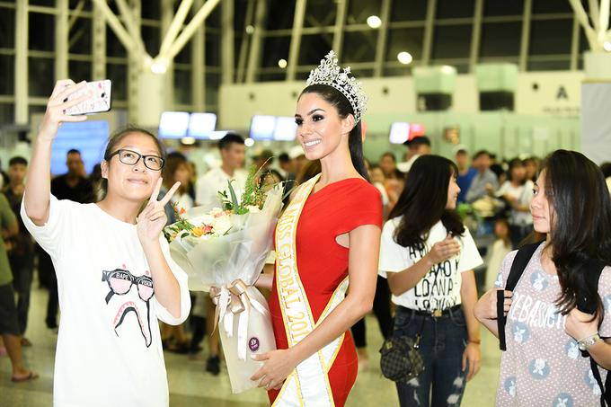 Miss Global 2017 đến Hà Nội