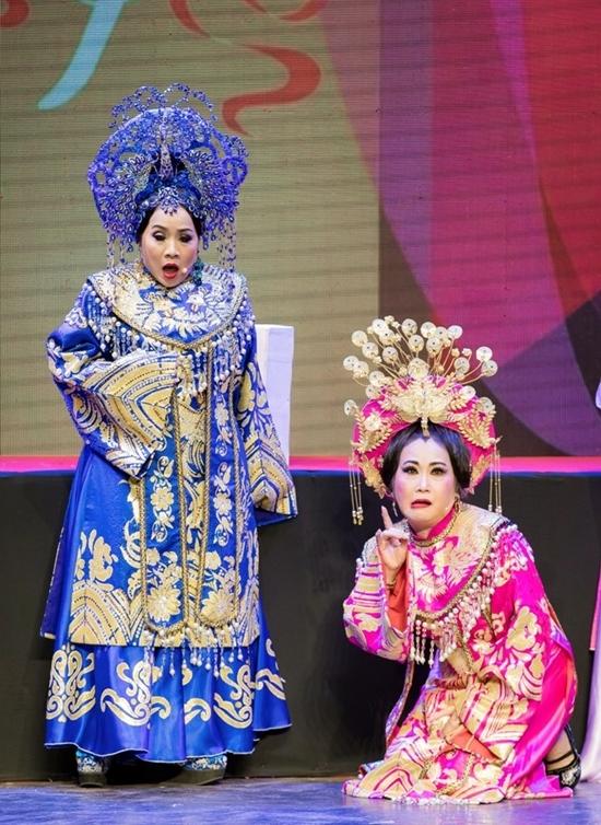 Minh Nhí diễn 'Nửa đời hương phấn'