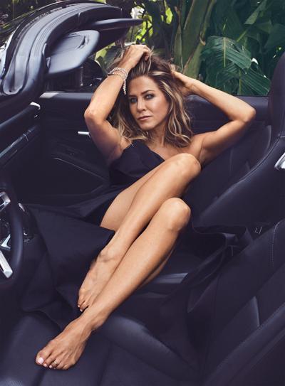 Jennifer Aniston trên tờ InStyle.