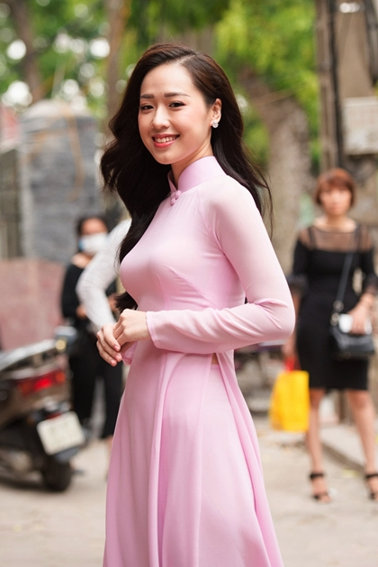 Tại vòng sơ khảo phía Bắc của Hoa hậu Việt Nam, Hà My là một trong những thí sinh được chú ý nhất.Hà My tốt nghiệp trường chuyên Amsterdam Hà Nội, hiện là sinh viên Học viện Ngoại giao, thành thạo cả tiếng Anh và Pháp.