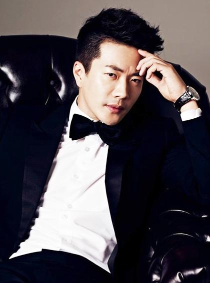 Biến đổi ngoại hình của Hoàng tử khóc Kwon Sang Woo qua 17 năm - 10