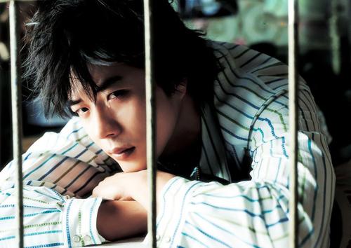 Biến đổi ngoại hình của Hoàng tử khóc Kwon Sang Woo qua 17 năm - 5