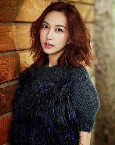 Nữ ca sĩ Shoo.