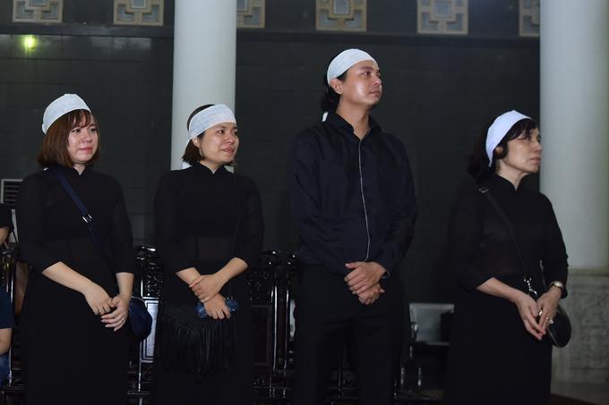 Đồng nghiệp, gia đình tiễn biệt NSƯT Bùi Cường