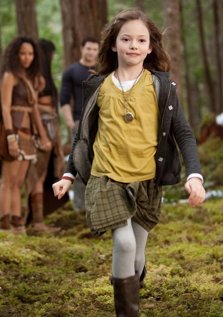 Mackenzie Foy trong series Twilight.