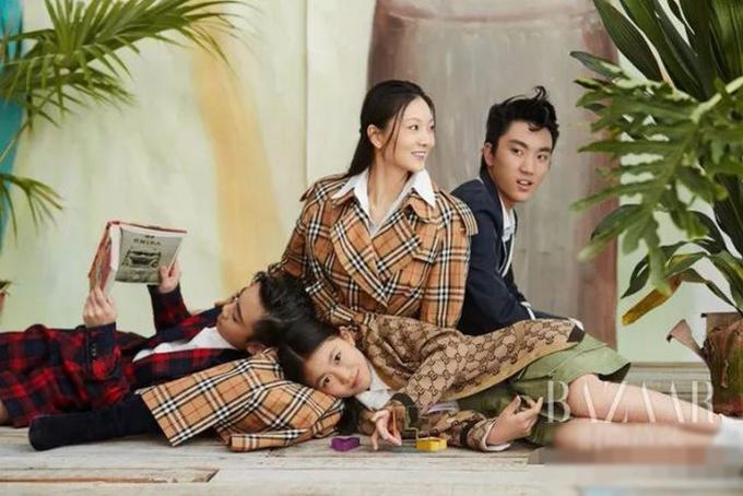 Cuộc sống của Trương Nghệ Mưu bên vợ trẻ và ba con