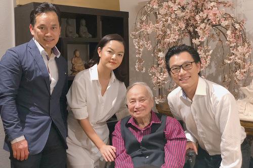 Buổi gặp gỡ diễn ra tại nhà riêng của nhạc sĩ Lam Phương.