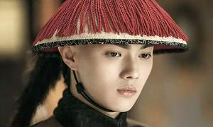 Cảnh mỹ nam 'Diên Hy công lược' ưu tư khiến fan bật cười