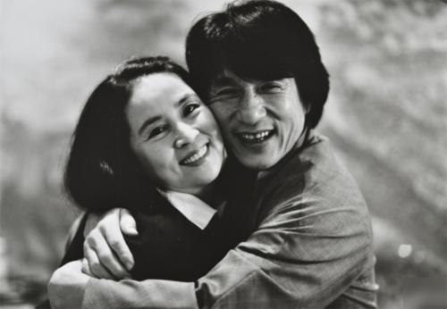 Thành Long và vợ - Lâm Phụng Kiều.
