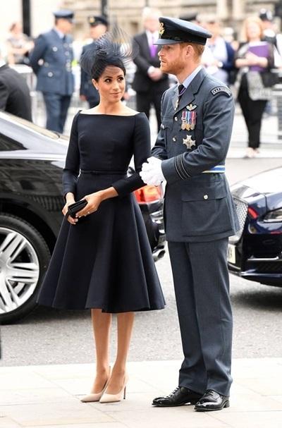 Công nương Meghan Markle và hoàng tử Harry.