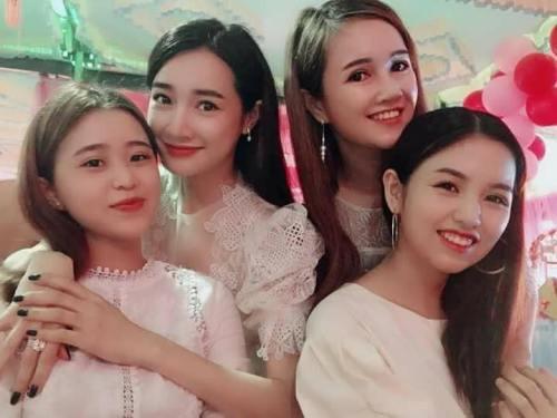 Xuất hiện gần đây trong đám cưới em gái, cô đã đeo nhẫn của Trường Giang.