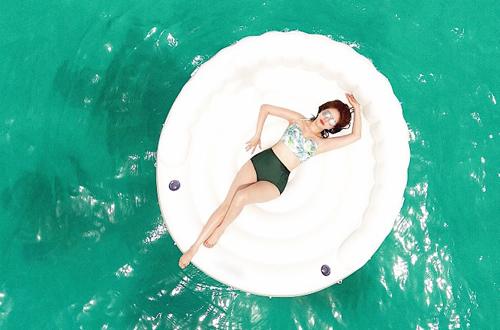 Bảo Thy mặc bikini tạo dáng ở Maldives - 3