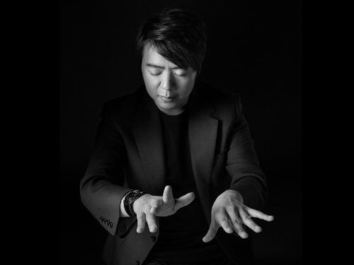 Thần đồng piano Lang Lang tái xuất - 1