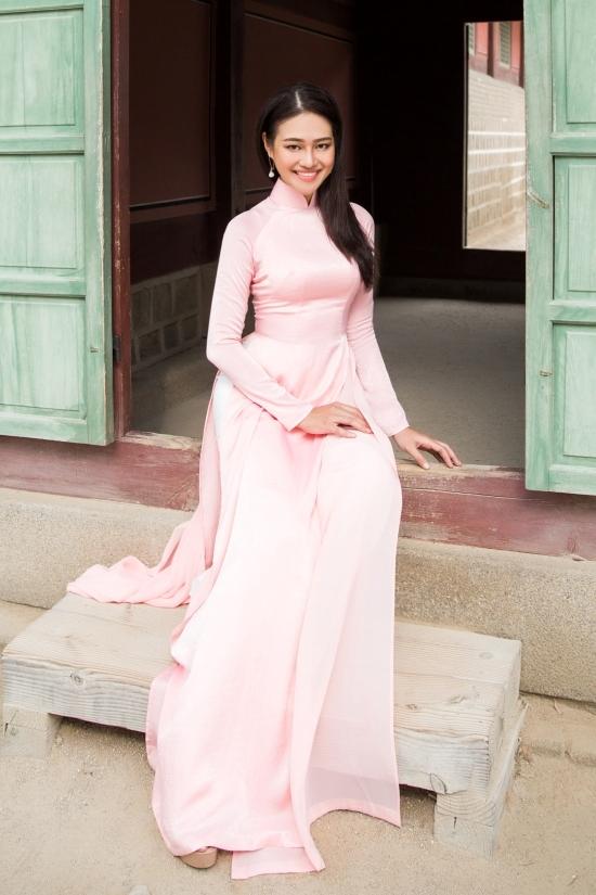 Thí sinh Hoa hậu Siêu quốc gia Việt Nam diện áo dài ở Hàn Quốc