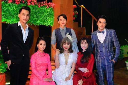 Sáu thí sinh của Người kể chuyện tình 2018.