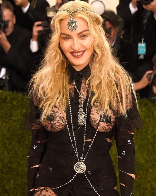 Phong cách tuổi 60 của 'nữ hoàng nhạc Pop' Madonna